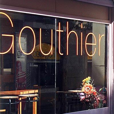 Ostras Gouthier - Escaparate restaurante Gouthier